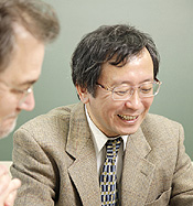 David Pendlebury (L) and Yoshinori Tokura (R). Click to enlage image (a new browser window will open, simply close to return to this page).